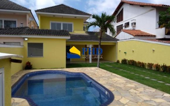 Casa 4 quartos  - PHD Imobiliária
