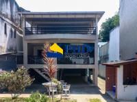 Casa 4 Quartos 200m²