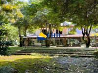 Casa 3 Quartos 479m²