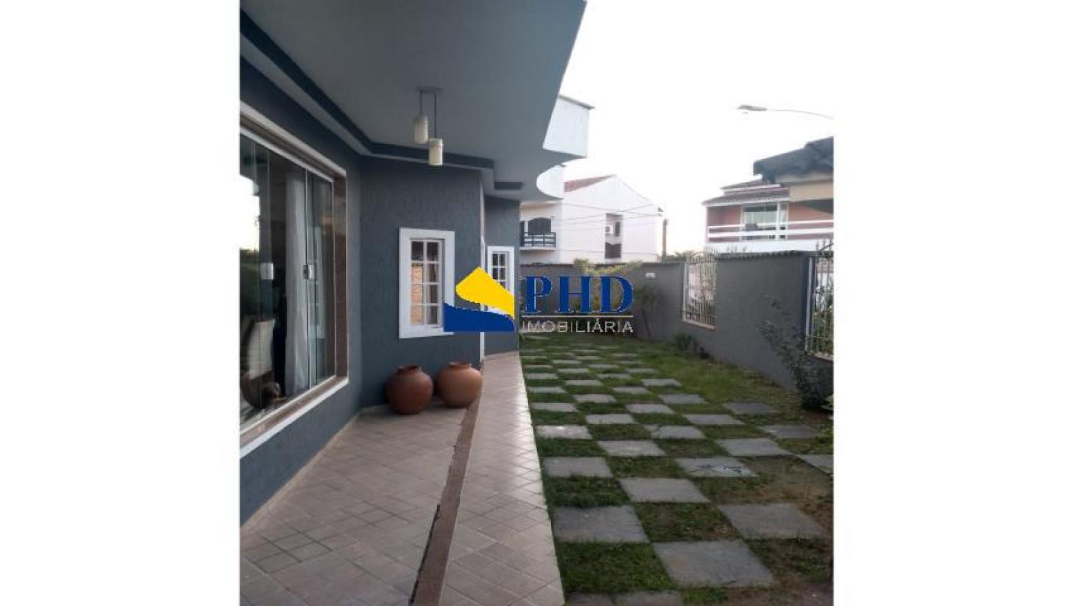 Casa 4 Quartos 389m²
